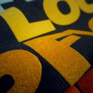 Vinilo-textil-efecto-terciopelo-Poli-Flock